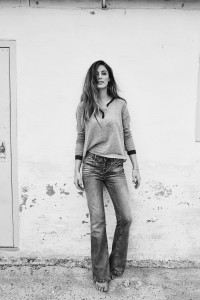 113020 114060 - Soul Flower Blouse Winslet Flare Jeans  - Campaign1-min